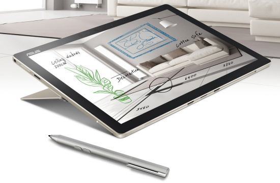 Notebook ASUS Transformer 3 dengan stylus