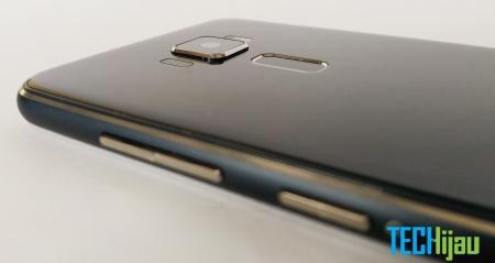 Tampilan belakang Zenfone 3