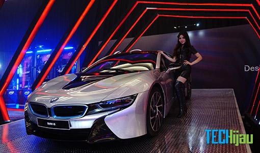 Konsep laptop ASUS BMW